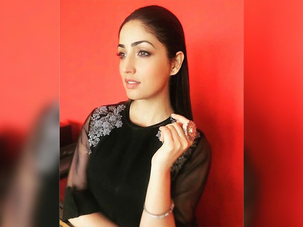 yami gautam diwali interview on zoom