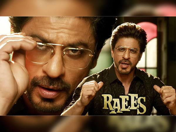 e0fa2b4c693 10+ Times SRK Stole Our Hearts Wearing Shades And Glasses In Movies ...
