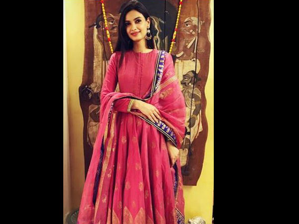 diana penty in anita dongre for a wedding function