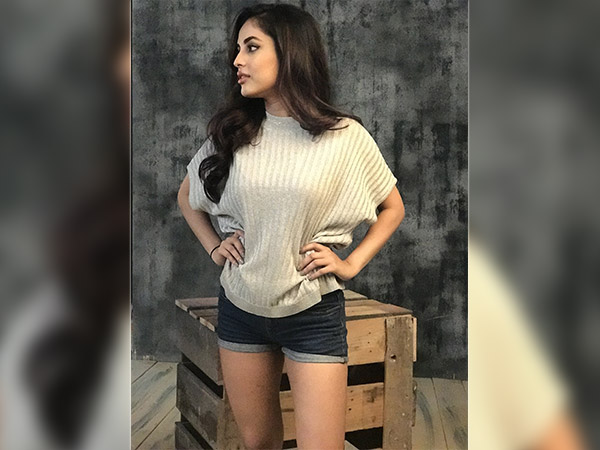 priya banerjee photo shoot