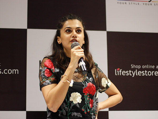 taapsee pannu at lifestyle store inauguration in bengaluru
