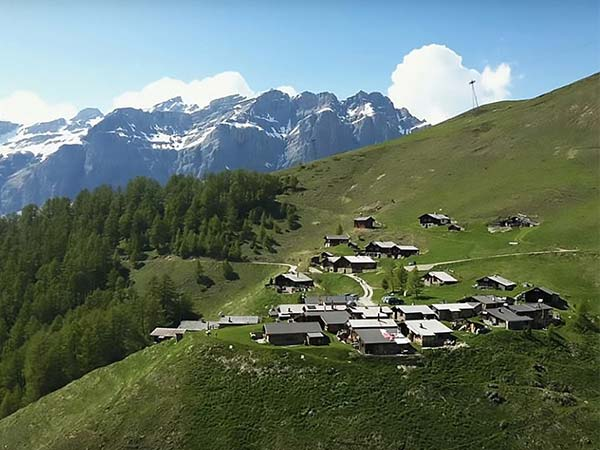 Switzerland Is Offering $60,000 For People To Move In