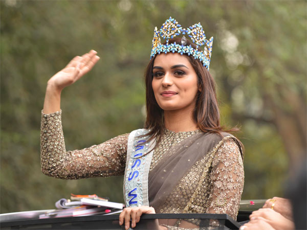 manushi chillar at drdo complex parade