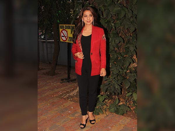juhi chawla at book launch in mumbai