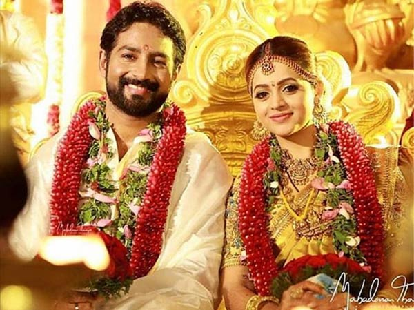 Malayalam Actress Bhavana Got Obsessed With Yellow For Her Simple Yet Dreamy Wedding