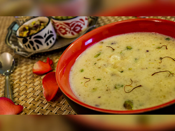 How to make Kesar Pista Phirni