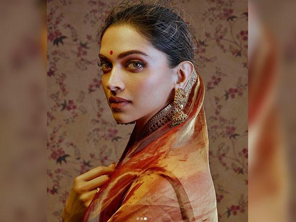 Deepika Padukone Turns Royally Bengali For Sabyasachi's ...