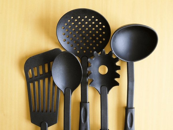 scary toxins in cookware
