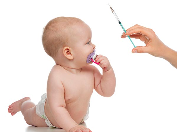 Can vaccination be given if your baby has cold or cough