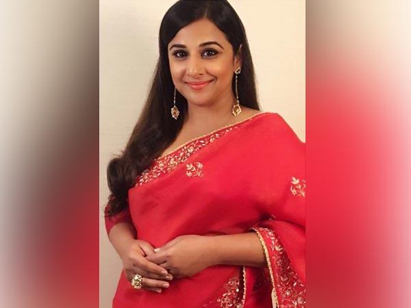 Vidya Balan's Red Sari Woos But Her Styling Is Drab