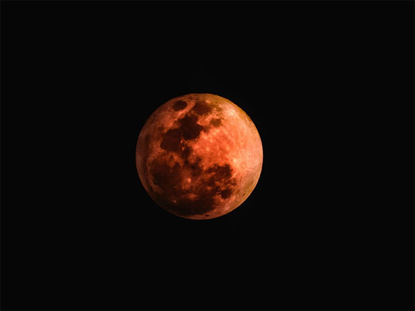 blood moon on July 27