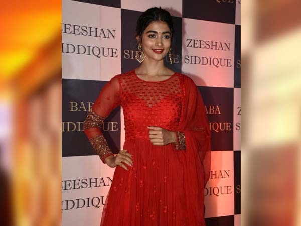 Pooja Hegde Baba Siddique Iftar party