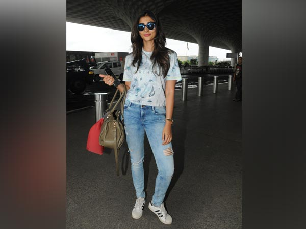 Pooja Hegde's Eco-Friendly Look Is Not Fancy And We Love It