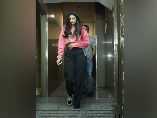 Bang On! Athiya Shetty's Sporty Number Is The Kickass Outfit Of The Week