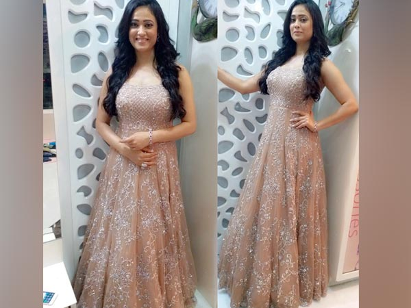 Check Out How Shweta Tiwari Oozed Elegance In This Pastel Gown