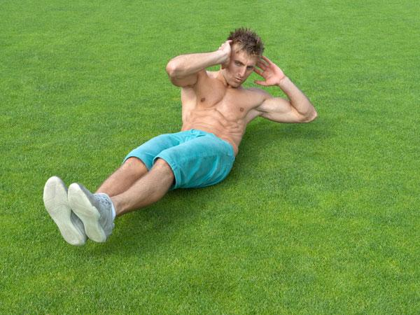 The Most Effective Ab Exercises For Men over 40