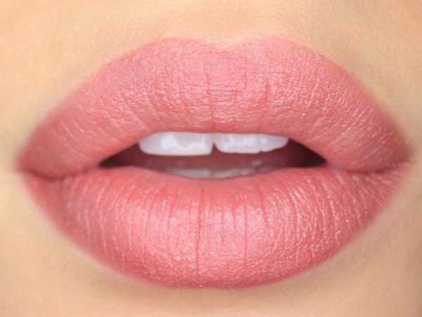 5 Quick Home Remedies to Get Rid Of Swollen Lips