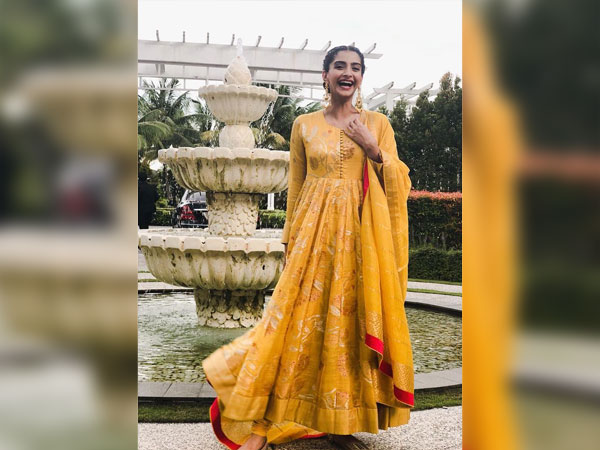 Sonam Kapoor traditional looks