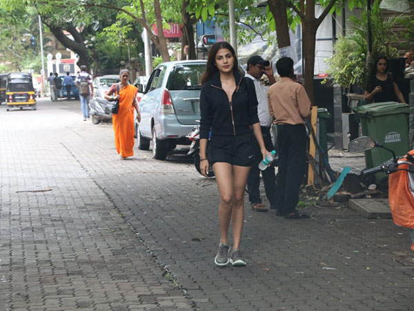 Rhea Chakraborty Latest Fashion