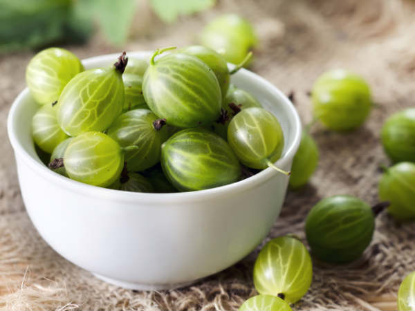 5 Ways To Use Amla For Skin Care
