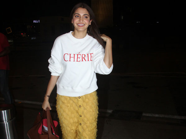 Anushka Sharma Airport Look