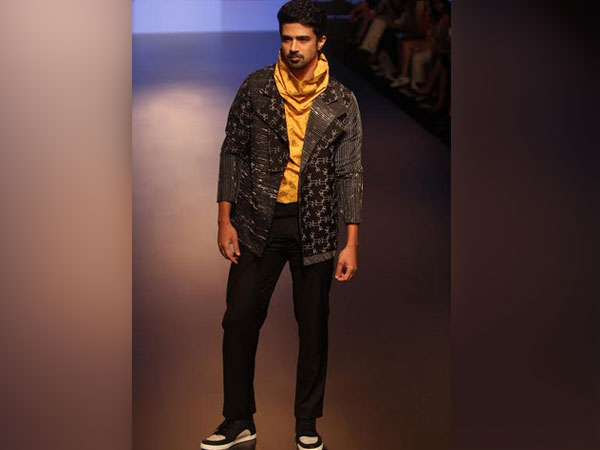 Saqib Saleem Lakme Fashion Week 2018