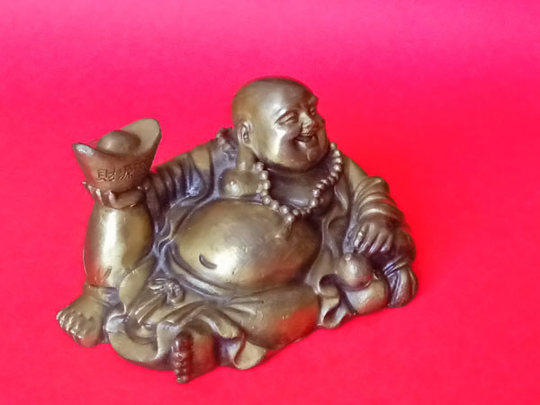 The Best Direction To Keep Laughing Buddha At Home & Why