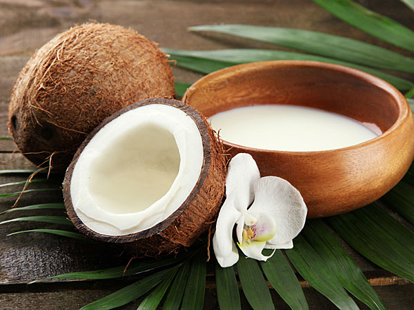 DIY Coconut Shampoos For Strong Hair
