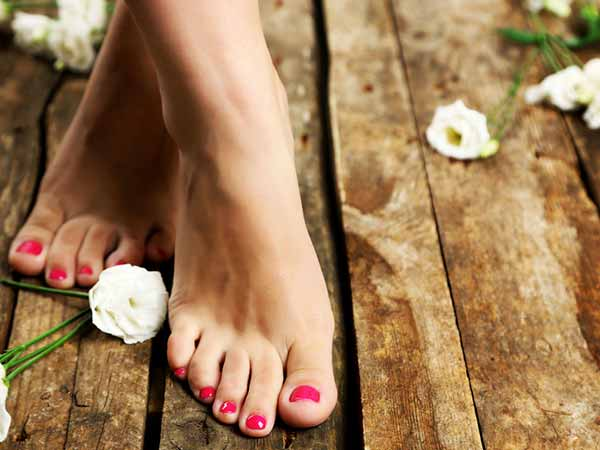 Try These Fruit Foot Scrubs To Pamper Your Feet