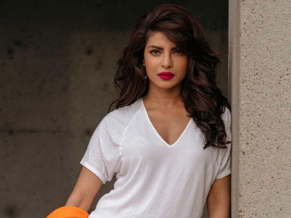 How To Get Priyanka Chopra S Wavy Hairstyle Boldsky Com