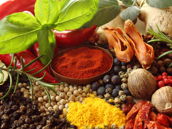 9 Best Herbs And Spices For Brain Health