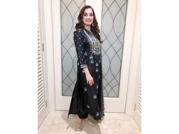 Dia Mirza traditional look