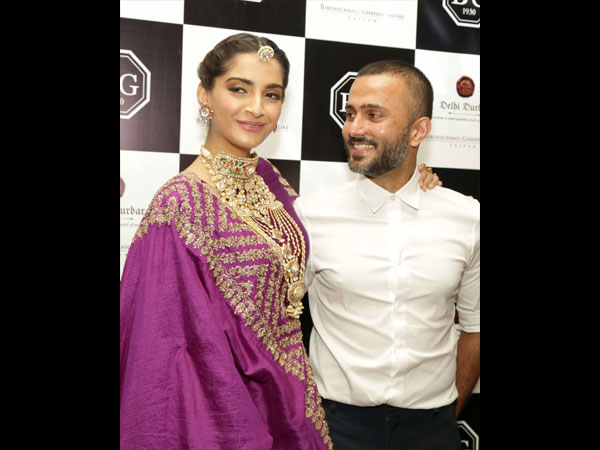 Sonam Kapoor showstoppers