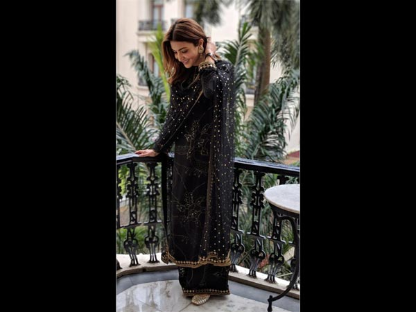 Anushka Sharma traditional looks