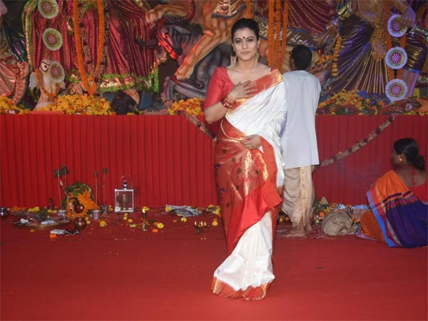 Kajol Aces The Traditional Bengali Look With Her Red And White Sari