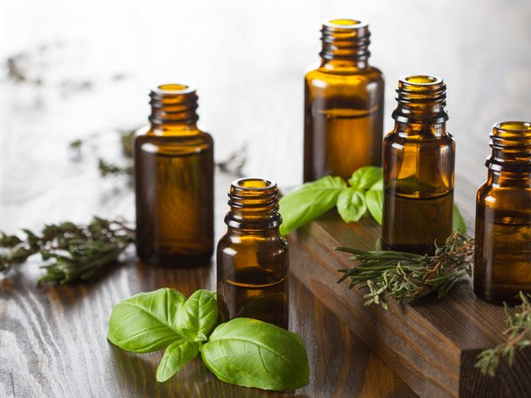 10 Essential Oils For Relieving Gout Pain