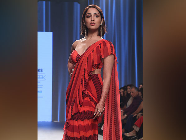 Yami Gautam Swoons Us Over With Her Red-hot Attire And Chic Jewellery At Bombay Times Fashion Week