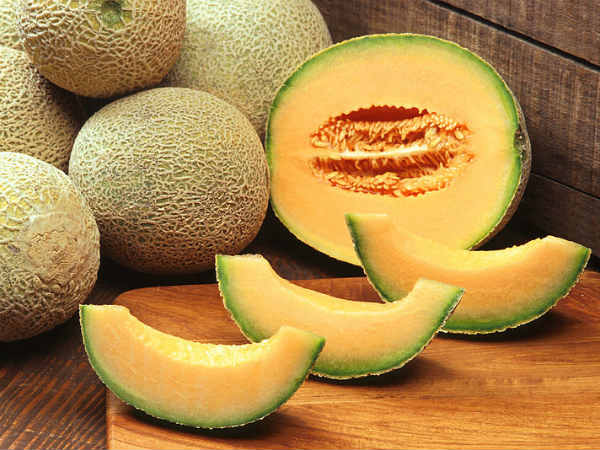DIY Muskmelon Face Packs For Glowing Skin