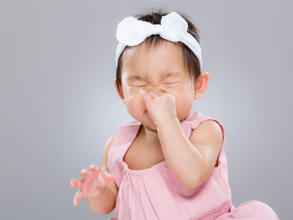 19 Home Remedies to Treat your baby's Blocked Nose! - Boldsky.com