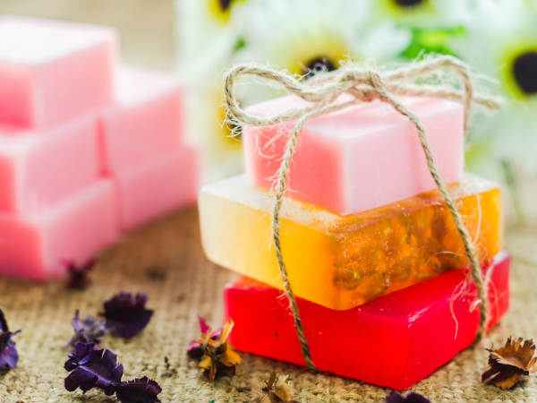 Make Your Own Peppermint Rose Soap This Winter And Get Softer Skin