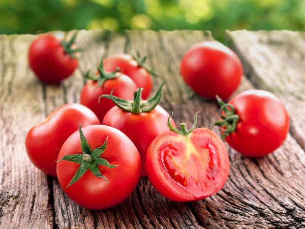 Hair Fall Problems? Try This Amazing Tomato Pack For Long & Strong Hair!