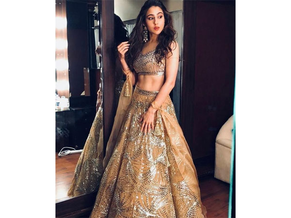 Sara Ali Khan traditional Fashion