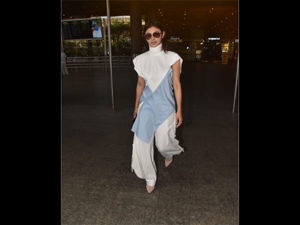 Mouni Roy's Airport Look Seems To Be Inspired By School Uniform