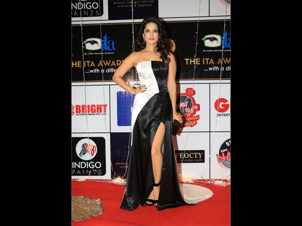 Sunny Leone Opts For A Classic Colour-blocked Gown For The ITA Awards