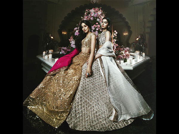 Of Gold And Silver, Janhvi & Khushi Looked Portrait-perfect In Their Stunning Outfits