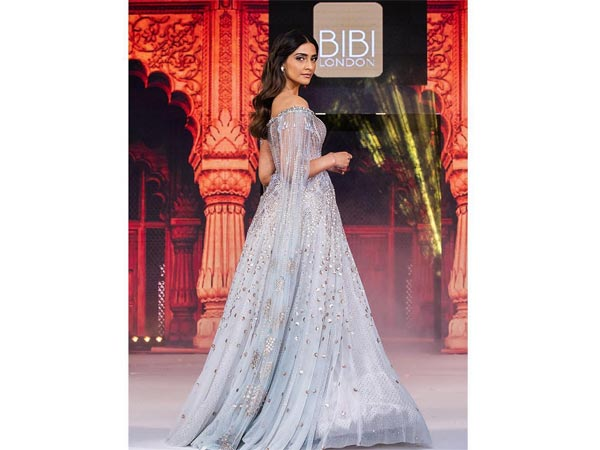 Sonam Kapoor Ahuja's Soft Icy Blue Anarkali Gown Is Perfect For A Dreamy Winter Wedding