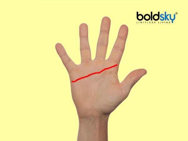 Jika garis hati atau garis cinta anda sangat panjang sehingga melebar ke tepi telapak tangan