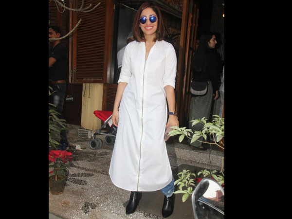 Yami Gautam Notched Up Her Casual Fashion Game With This Long Kurta Top