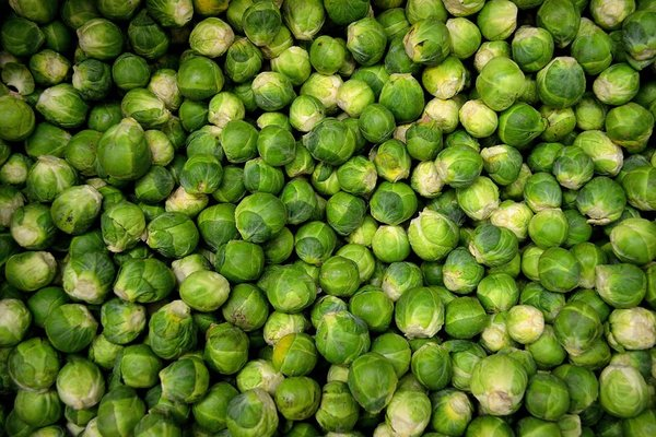 22 Surprising Health Benefits Of Brussels Sprouts
