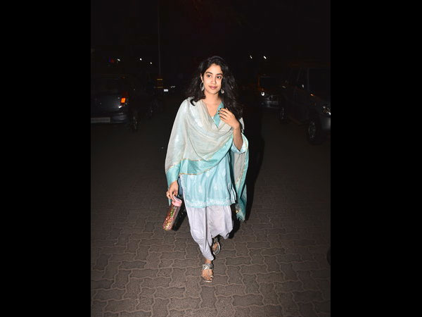 Janhvi Kapoor Fashion
